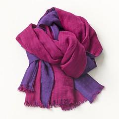Lambswool-Schals von Kashmir Loom Pflaume und Magenta