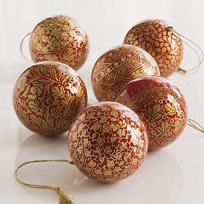 6 Papiermaché Christbaumkugeln Udhampur Rot und Gold