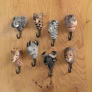 Handgeschnitzter Kleiderhaken Safari