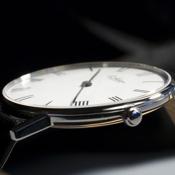 Ole Mathiesen Armbanduhr OM1 Edelstahl poliert