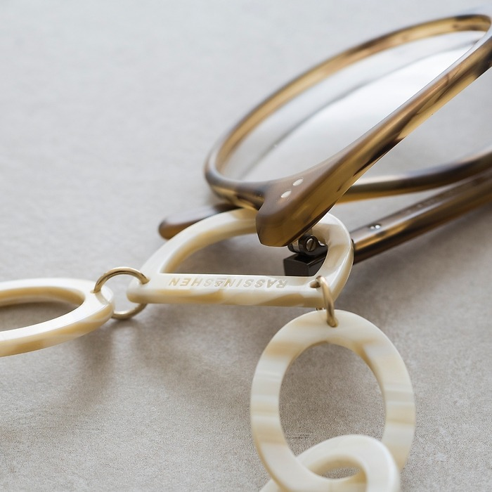 Brillenkette mit D-Ring Pearl White